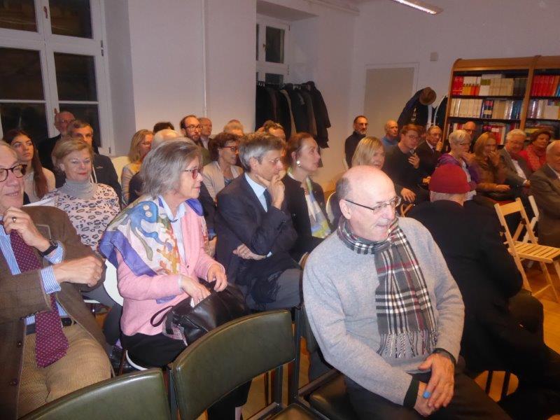 Voll besetzter ÖKV-Saal beim Vortrag von Walter M. Weiss