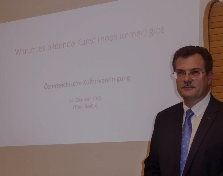 Dr. Tibor Szabó
