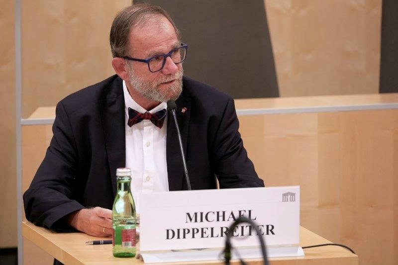 Prof. Michael Dippelreiter