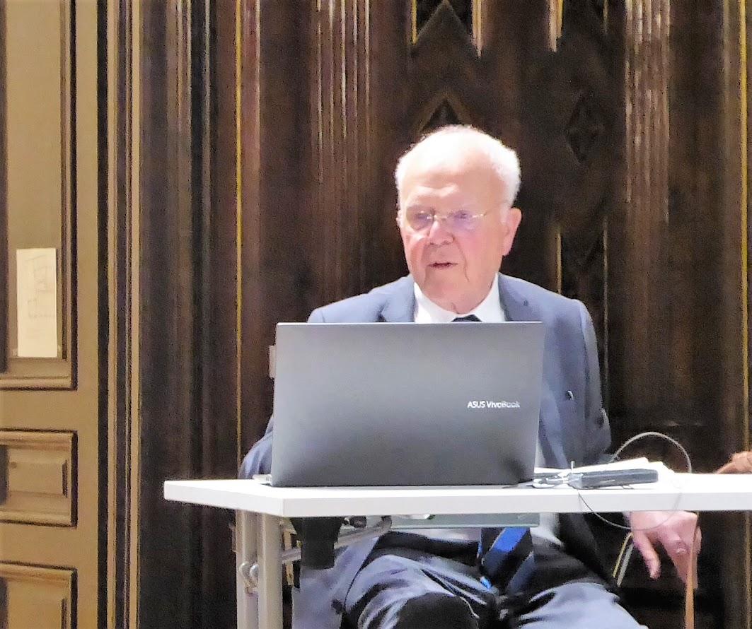 Univ. Prof. Primarius em. Dr. Karl Irsigler